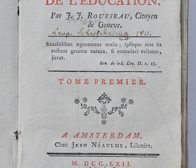 Strona tytułowa amsterdamskiego wydania Emila z 1762 r wraz z notatką rękopiśmienną L J Szersznika