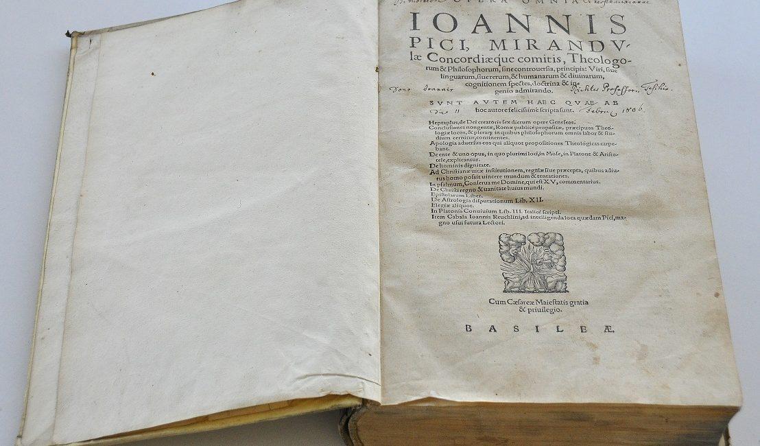 Strona tytułowa szersznikowskiego wydania Opera omniaIoannis Pici Mirandulae (1557)